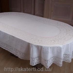 Скатерть на стол овальная 150х230см(113)