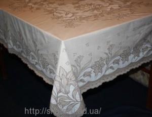 Скатерть виниловая коричневая 150х230см(107/18)