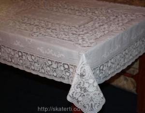 Скатерть виниловая белая 150х230см(107)