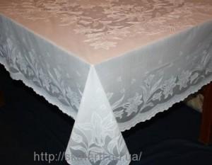 Скатерть виниловая  белая 120х150см(103/2)