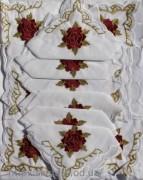 Скатерть белая с салфетками 150х220см(550/3)