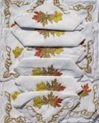 Скатерть белая с салфетками 150х220см(550/1)
