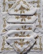Скатерть белая с салфетками 150х220см(550/2)
