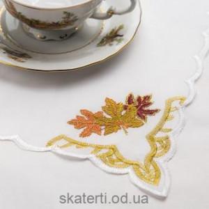 Скатерть белая с салфетками 150х220см(550/9)