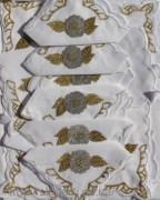 Скатерть белая с салфетками 150х220см(550/5)