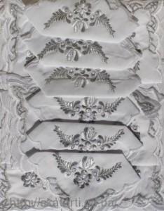 Скатерть белая с салфетками 150х220см(550/12)