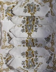 Скатерть белая с салфетками 150х220см(550/17)
