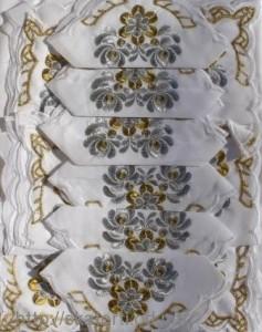 Скатерть белая с салфетками 150х220см(550/20)