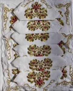 Скатерть белая с салфетками 150х220см(550/19)