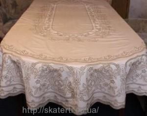 Кружевная скатерть на овальный стол 150х230см(113/14)