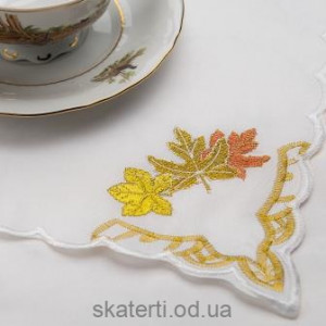 Скатерть белая с салфетками 150х220см(550/32)
