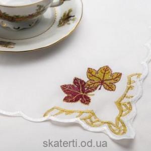 Скатерть белая с салфетками 150х220см(550/26)