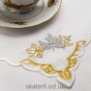 Скатерть белая с салфетками 150х220см(550/25)